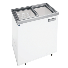 Frigidaire 7.2 cu ft Commercial Chest Freezer (White) ENERGY STAR