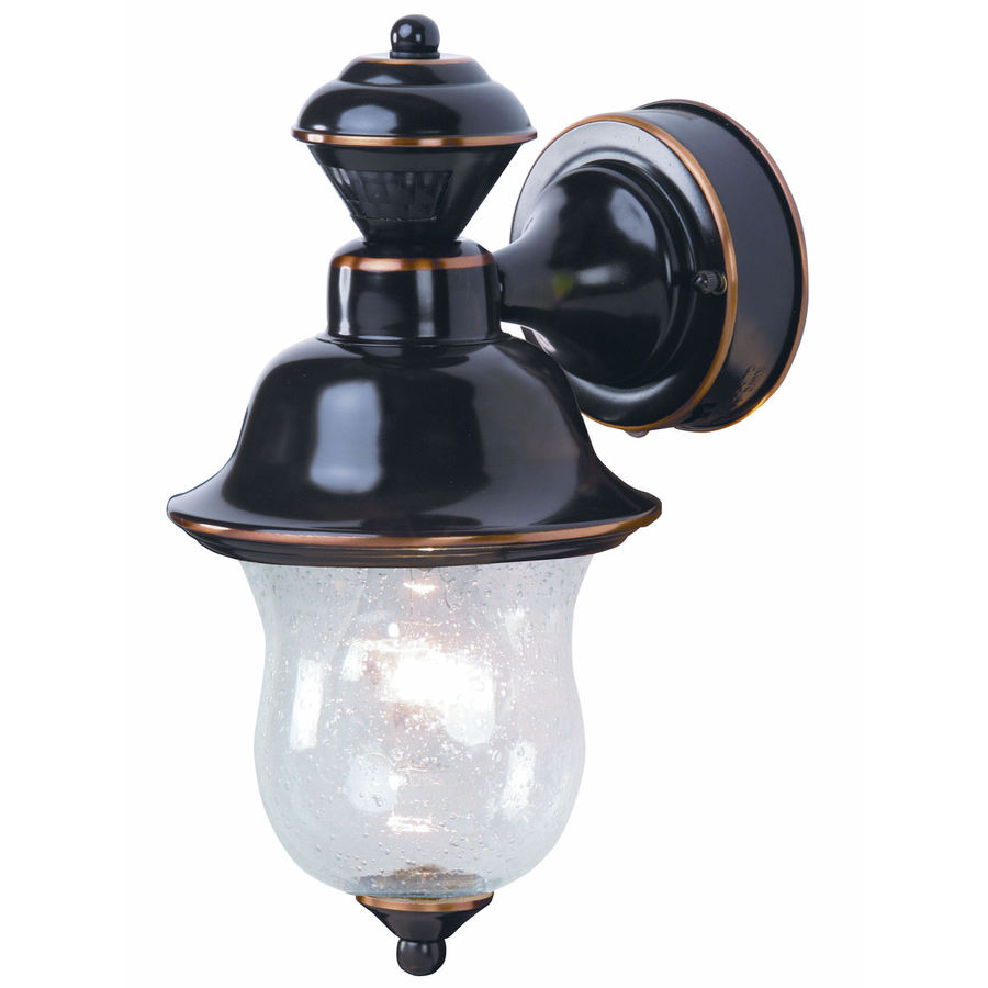 in h antique copper motion activated outdoor wall light at. Black Bedroom Furniture Sets. Home Design Ideas