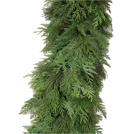 15-ft Fresh-Cut Cedar Christmas Garland
