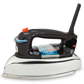 BLACK &amp; DECKER 1100-Watt Classic Iron