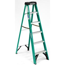 Werner 6-ft Fiberglass 225-lb Type II Step Ladder