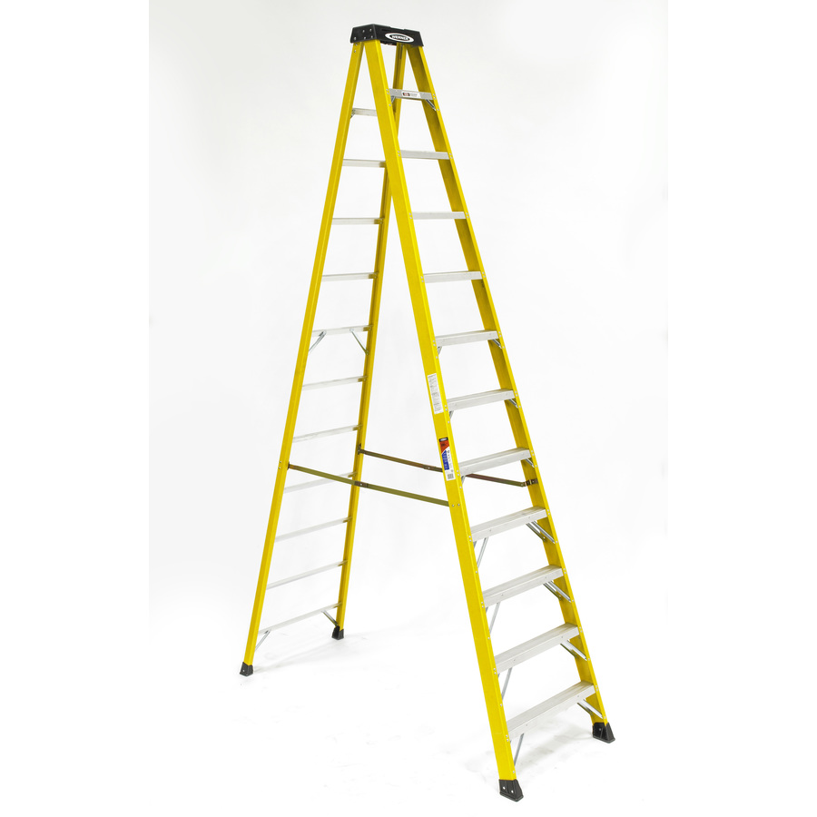 Shop Werner 12 Ft Fiberglass 300 Lb Type Ia Step Ladder At