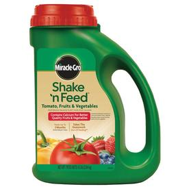 Miracle-Gro Shake 'N Feed 4.5-lb Synthetic Flower and Vegetable Food (9-4-12)