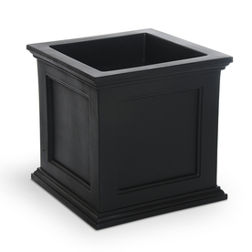 Mayne 20-in H x 20-in W x 20-in D Black Planter
