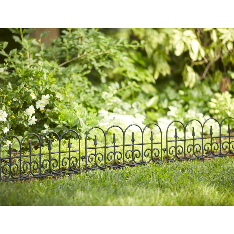 Edging Decorative Fence Pieces All The Way