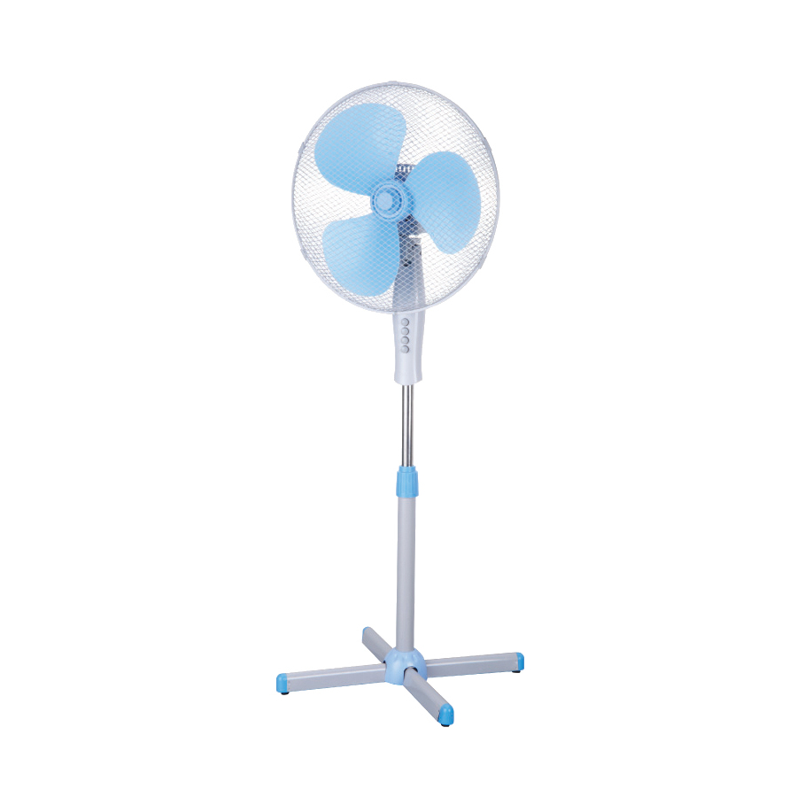 Mist Fans Lowe S : Shop utilitech in speed oscillating misting stand fan