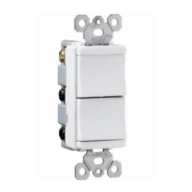 Pass & Seymour/Legrand 15-Amp White Combination Combination Light Switch TM811-WCC6