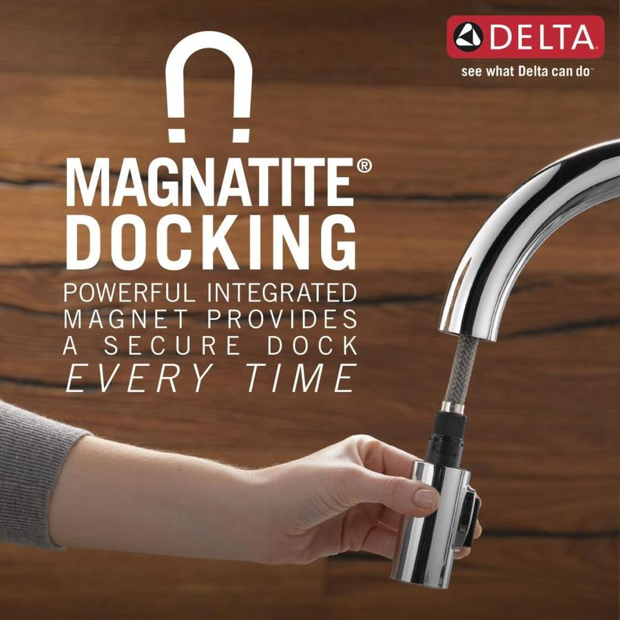 Delta Leland Arctic Stainless 1 Handle Deck Mount Pull Down Handle Kitchen Faucet Deck Plate Included In The Kitchen Faucets Department At Lowes Com