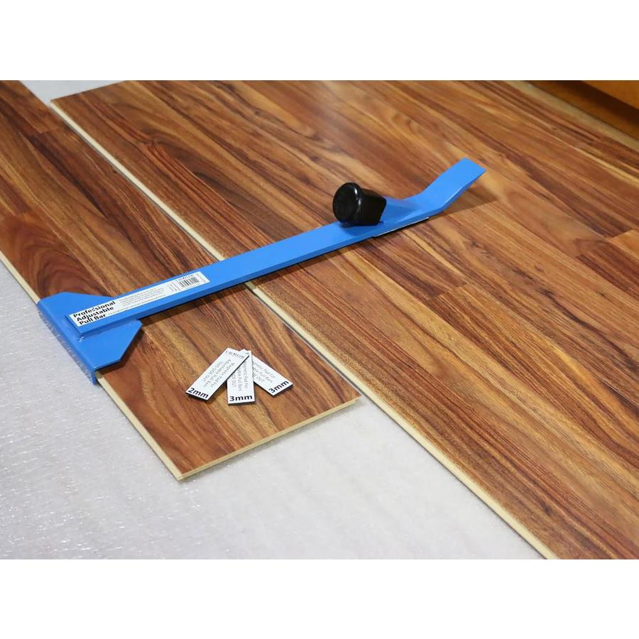 Pry Bar For Hard Flooring Installation, What Is A Pull Bar For Laminate Flooring