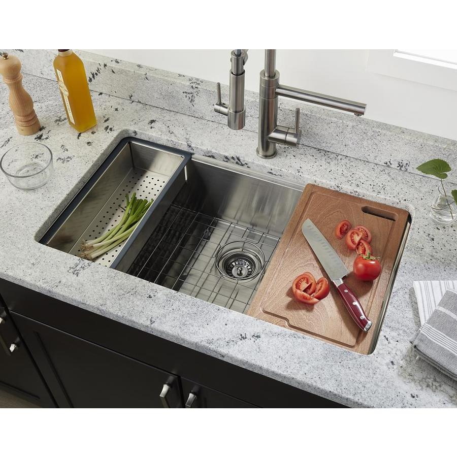 Giagni Pallazzio 33-in x 22-in Stainless Steel Single Bowl Drop-In or Undermount 1-Hole Residential Workstation Kitchen Sink All-in-One Kit with Drain