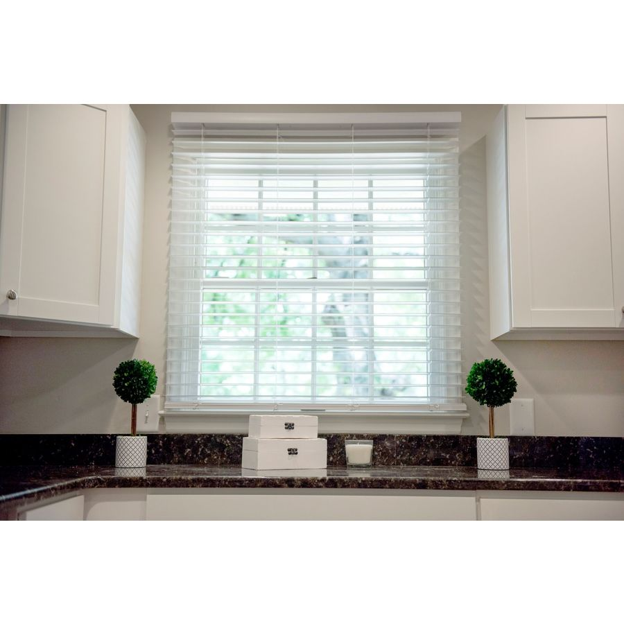 Wave Contour 2-in Cordless Soft White Faux Wood Room Darkening Blinds 26-in WC22754W-D