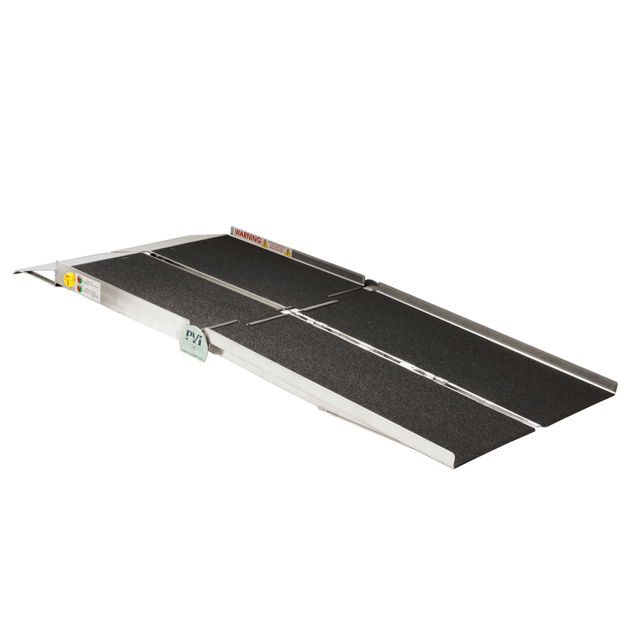 Prairie View Industries 6-Ft X 30-In Aluminum Portable Automotive Wheelchair Ramp Utw630